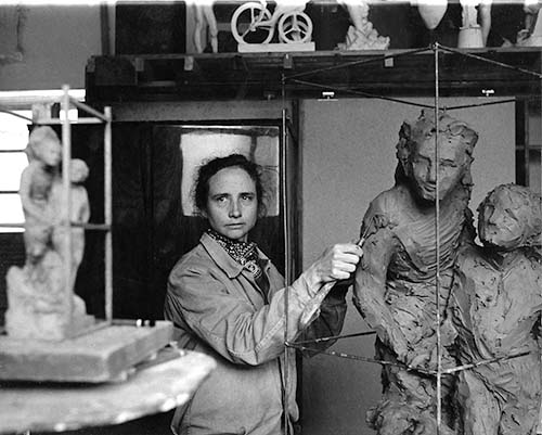 """Jill Burkee creating clay model of """"On Spanish Steps""""."""